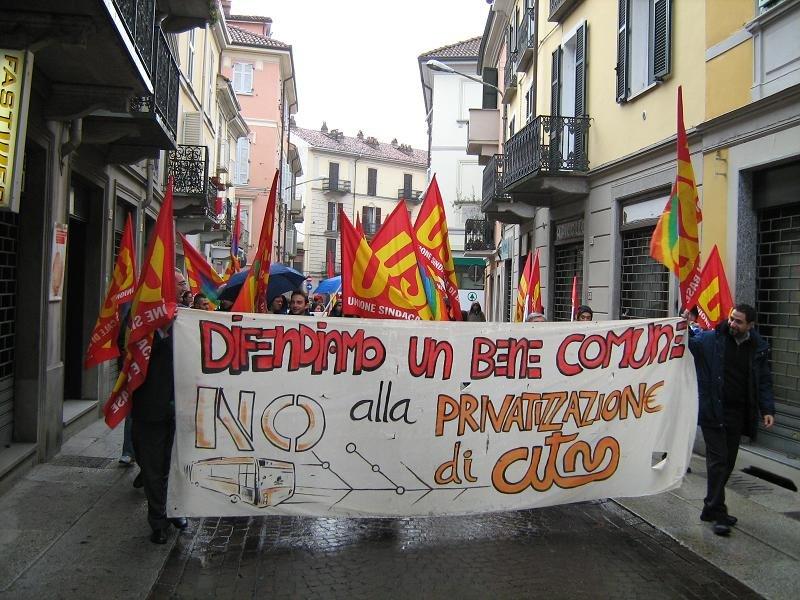 Alessandria – Prosegue sempre più forte la protesta contro la privatizzazione di ATM