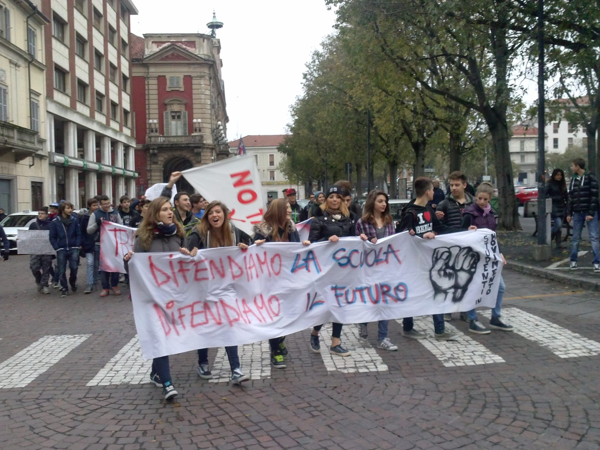 Alessandria – Studenti e studentesse ancora in piazza