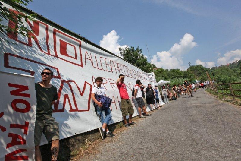 In 37 a processo per il blocco degli espropri di Trasta del 10 luglio 2013