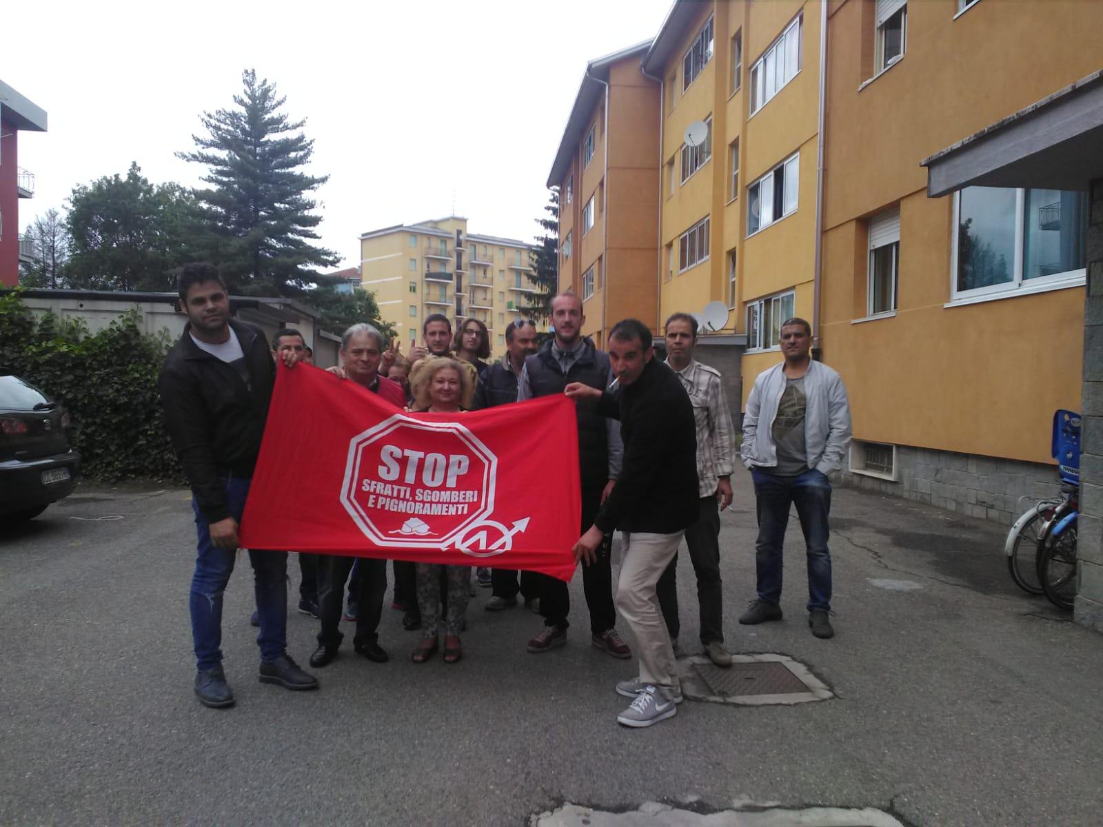 """Il Movimento per la Casa blocca due sfratti: """"Non ci stancheremo mai"""""""