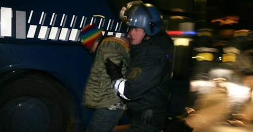 Ultim'ora (0.30) – La polizia a Christiania. 200 arresti