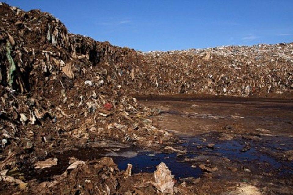 La solita puzza di marcio nella vicenda dei rifiuti a Novi
