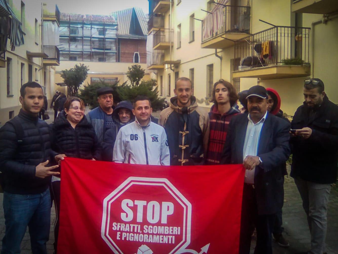 Altri due sfratti bloccati dal Movimento per la Casa, nonostante l'immobilismo delle Istituzioni